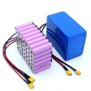 Továrenská cena 18650 batéria s vysokým výkonom 12V nabíjateľná lítium-iónová lítiová batéria na predaj